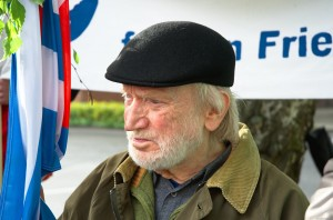 Gedenkstunde Tag der Befreiung 8. Mai in Würselen am VVN-Denkmal
