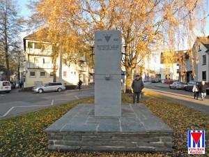 Wiedereinweihung_VVN-Denkmal_Würselen 02